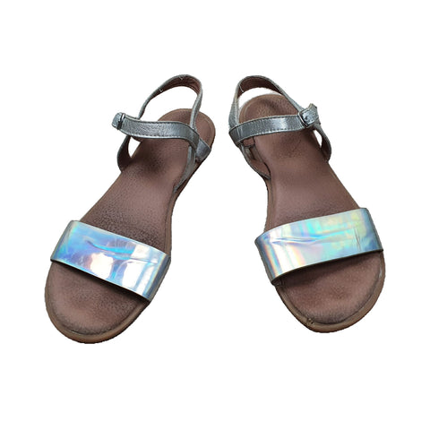 Sandals Size 34 CLARKS Sandals Junico Kids 18.99 Junico Kids sustainable affordable preloved baby kids clothing clothes local shop australia