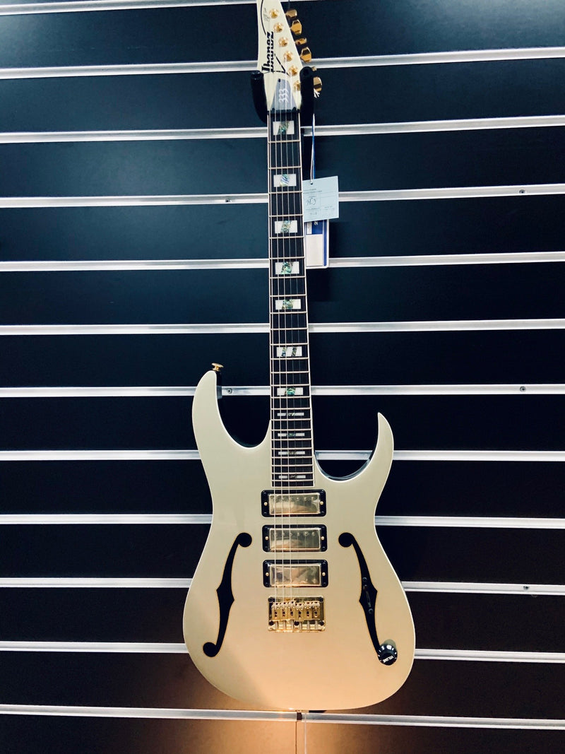 Ibanez PGM333 30th Anniversary Paul Gilbert Signature.