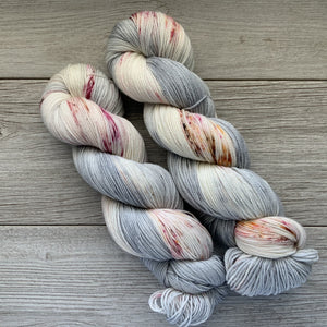 Excessively Fond of a Cottage  |  Sense and Sensibility Inspired  |  RAMbunctious  |  worsted weight