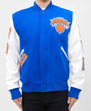 Load image into Gallery viewer, Pro Standard NBA New York Knicks Wool Varsity Heavy Jacket