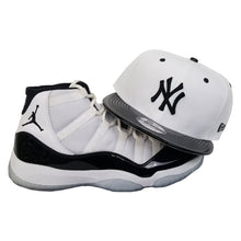 Load image into Gallery viewer, Matching New Era New York Yankees snapback Hat for Jordan 11 White Black Concord