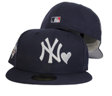 Load image into Gallery viewer, Navy Blue Heart New York Yankees Grey Bottom 2000 World Series New Era 59Fifty Fitted