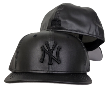 New Era 59Fifty PU Leather New York Yankees Black On Black Fitted
