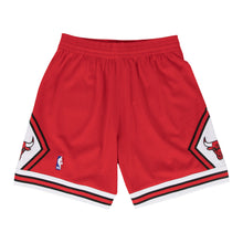 Load image into Gallery viewer, Chicago Bulls Mitchell & Ness Red Hardwood Classics Swingman Shorts
