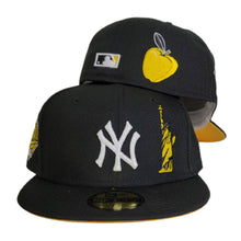 Load image into Gallery viewer, Black New York Yankees Yellow Bottom 1996 World Series Statue of Liberty New Era 59Fifty Fitted