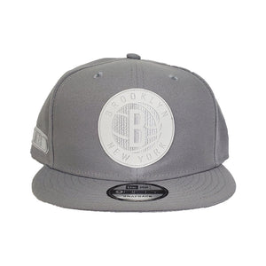 Brooklyn Nets New Era Official Back Half 9FIFTY Snapback Hat - Grey