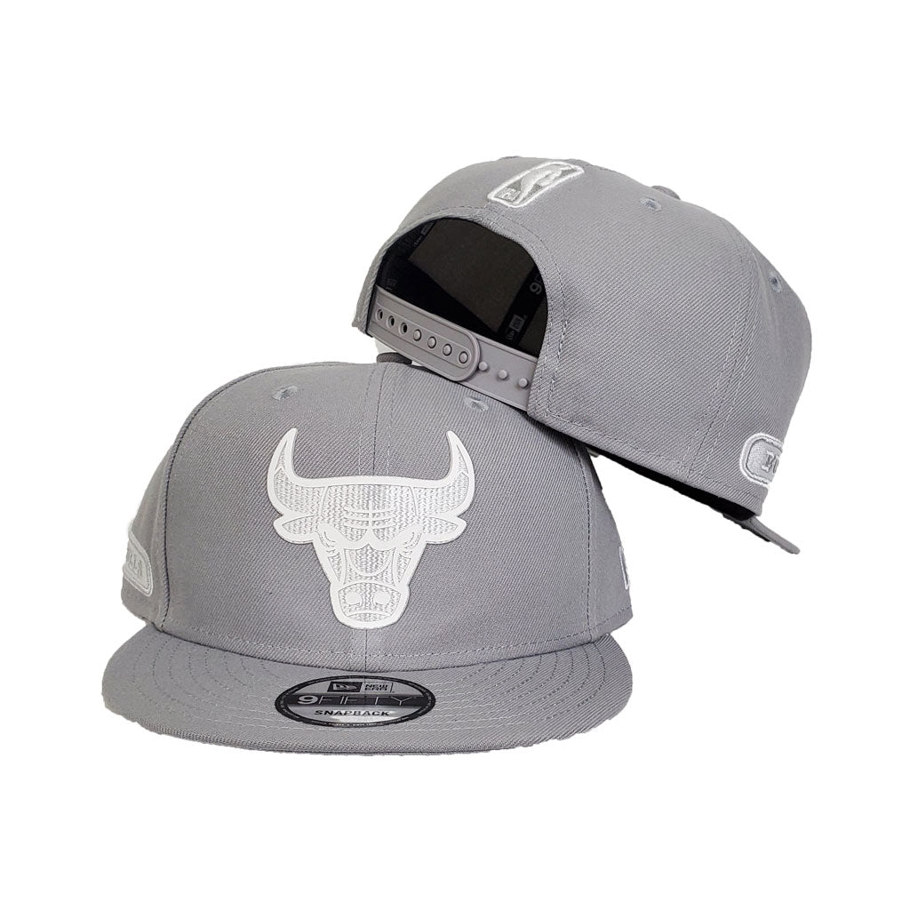 Chicago Bulls New Era Official Back Half 9FIFTY Snapback Hat - Grey