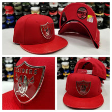 Load image into Gallery viewer, Exclusive New Era 950 Red Metal Badge Shield NFL Oakland Raiders Snapback hat