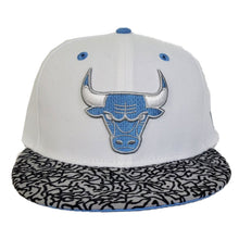 Load image into Gallery viewer, Matching New Era Chicago Bulls Fitted Hat For Jordan 3 UNC