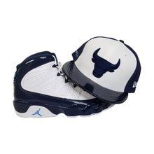 Load image into Gallery viewer, Matching New Era Chicago Bulls Fitted Hat for Jordan 9 Retro White / Navy