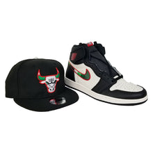 Load image into Gallery viewer, Matching New Era Chicago Bulls Snapback for Jordan 1 High Sports illustrated