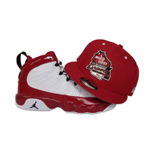 Load image into Gallery viewer, Matching New Era Milwaukee Braves Metal Badge Snapback Hat For Jordan 9 Gym Red