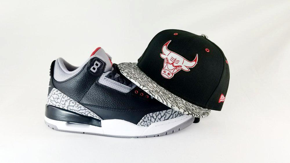 Matching New Era NBA Chicago Bulls Metal Badge 9Fifty Snapback For Jordan 3 Black Cement