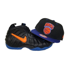 Load image into Gallery viewer, Matching New Era New York Knicks Snapback Hat For Nike Foamposite Knicks