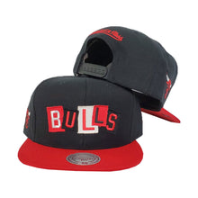 Load image into Gallery viewer, Mitchell & Ness Chicago Bulls Patch Work Black Snapback Hat