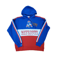 Load image into Gallery viewer, Mitchell & Ness Leading Scorer Fleece Hoody New England Patriots