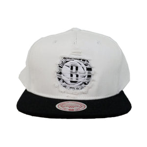 Mitchell & Ness White / Black Destructed Brooklyn Nets snapback