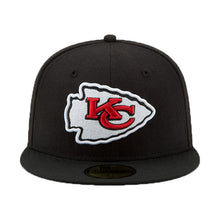 Load image into Gallery viewer, NEW ERA BLACK KANSAS CITY CHIEF SUPER BOWL LIV SIDE PATCH 59FIFTY FITTED HAT