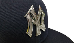 NEW ERA NEW YORK YANKEES SILVER METAL BADGE RHINESTONE 59FIFTY FITTED