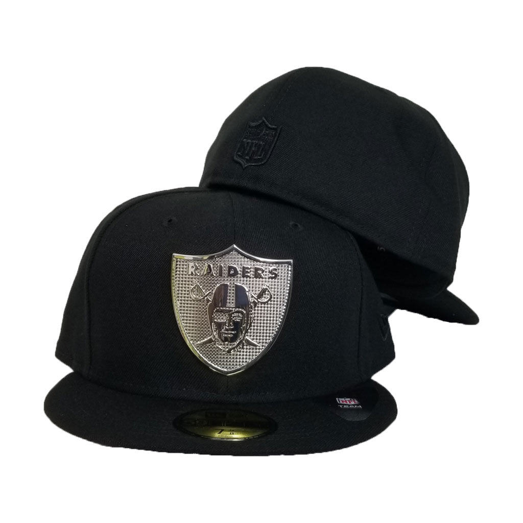 NEW ERA OAKLAND RAIDERS SILVER METAL BADGE RHINESTONE 59FIFTY FITTED