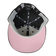 Load image into Gallery viewer, New Era Black Chicago White Sox Pink Undervisor 59FIFTY Fitted