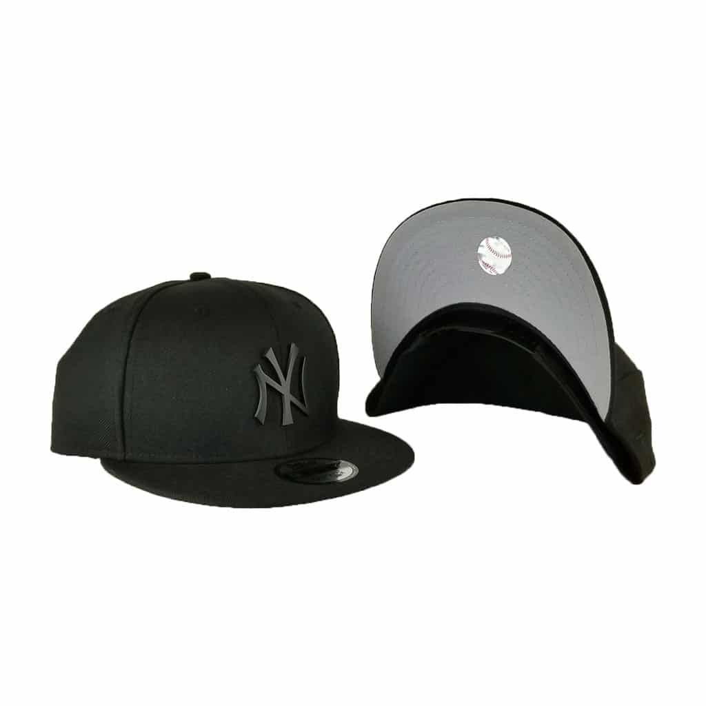 New Era Black Metal Badge New York Yankees 9Fifty Snapback