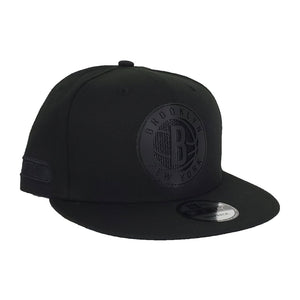 New Era Black On Black Brooklyn Nets 9FIFTY Snapback Hat