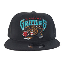 Load image into Gallery viewer, New Era Black Vancouver Grizzlies 9FIFTY Snapback