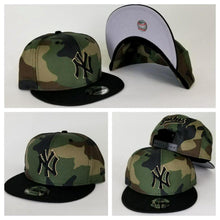Load image into Gallery viewer, New Era Camouflage New York Yankees 9Fifty Snapback Hat