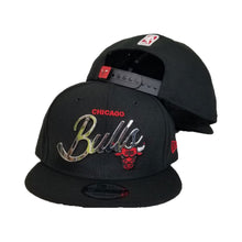 Load image into Gallery viewer, New Era Chicago Bulls Silver Metal Badge Logo 9Fifty Snapback