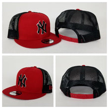 Load image into Gallery viewer, New Era MLB New York Yankees Red and Black Mesh 9FIFTY Snapback Cap