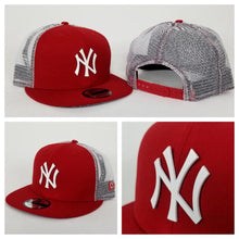 Load image into Gallery viewer, New Era MLB New York Yankees Red and White Metal Mesh 9FIFTY Snapback Cap