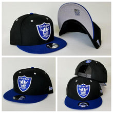 Load image into Gallery viewer, New Era NFL Shield Oakland Raiders 9Fifty Snapback Hat Dark Black / Royal Blue
