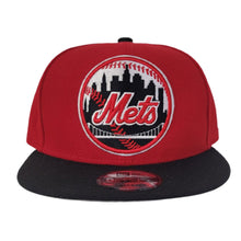 Load image into Gallery viewer, New Era New York Mets Red Black 9Fifty Snapback
