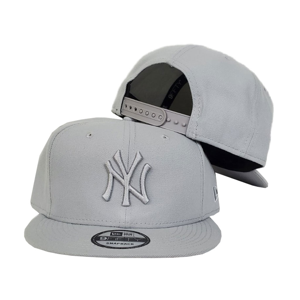 New Era New York Yankees Light Grey Tonal 59FIFTY Snapback Hat