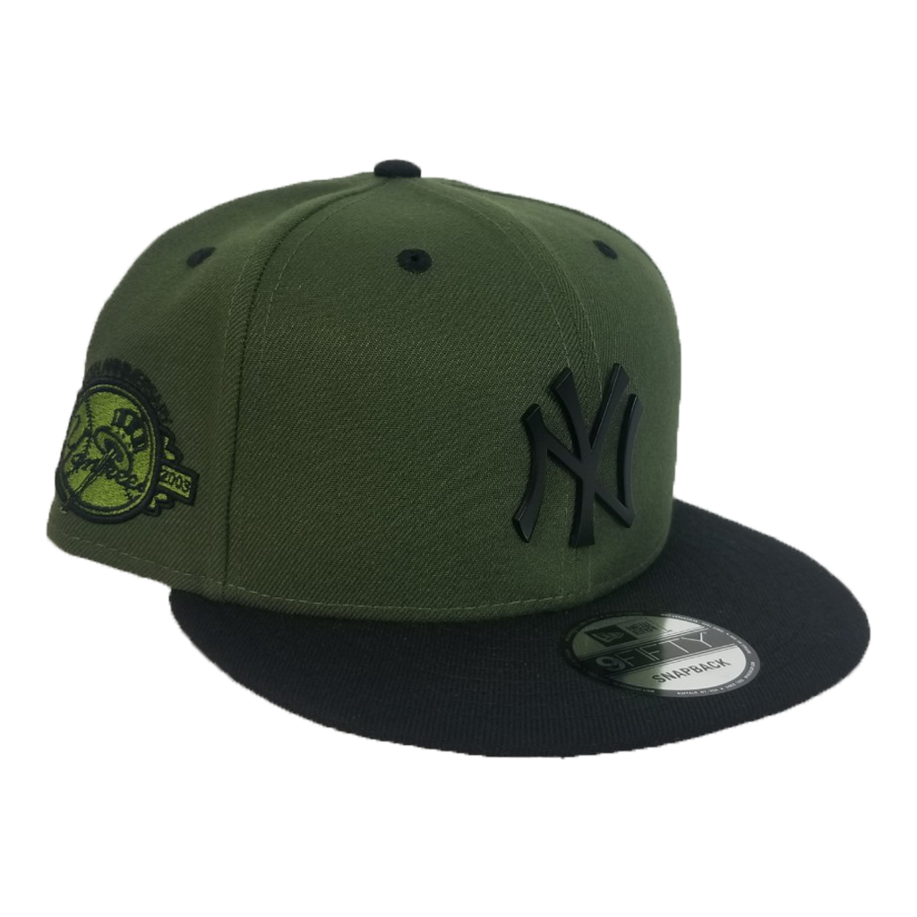 New Era Rifle Green - Black New York Yankees Black Metal Badge Snapback hat