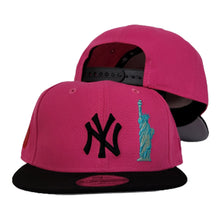 Load image into Gallery viewer, New York Yankees Fusion Pink Grey Bottom Statue of Liberty New Era 9Fifty Snapback Hat