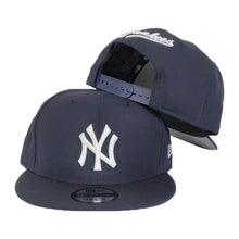 Load image into Gallery viewer, New York Yankees Navy Grey Bottom New Era 9Fifty Snapback