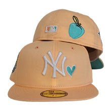 Load image into Gallery viewer, Peach New York Yankees Heart Mint Green Bottom 1999 World Series New Era 59Fifty Fitted