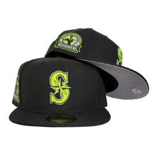 Load image into Gallery viewer, Seattle Marniers Black 30th Anniversary Side PAtch New Era 59Fifty Fitted Hat