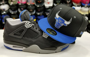 Matching New Era NBA Chicago Bulls 59Fifty Fitted hat for Jordan 4 Retro Black / Blue