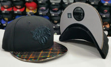 Load image into Gallery viewer, Exclusive New York Knicks NBA Black New Era 9Fifty Snapback Hat