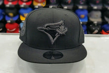 Load image into Gallery viewer, Exclusive New Era MLB Black Toronto Blue Jays 9Fifty snapback Hat