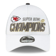 Load image into Gallery viewer, Kansas City Chiefs New Era White Super Bowl LIV Champions Locker Room 9FORTY Adjustable Hat