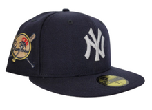 Load image into Gallery viewer, Navy Blue New York Yankees Peach Bottom Baseball Bat Side Patch New Era 59Fifty Fitted