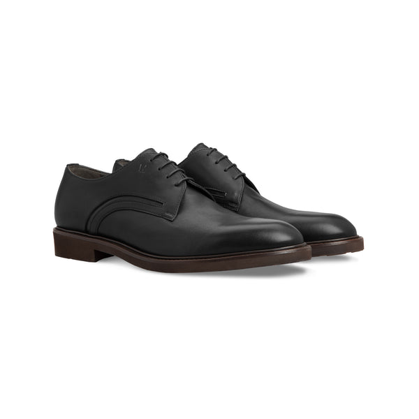 Black calfskin derby shoes