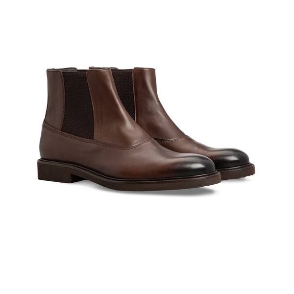 Dark brown calfskin Chelsea boots