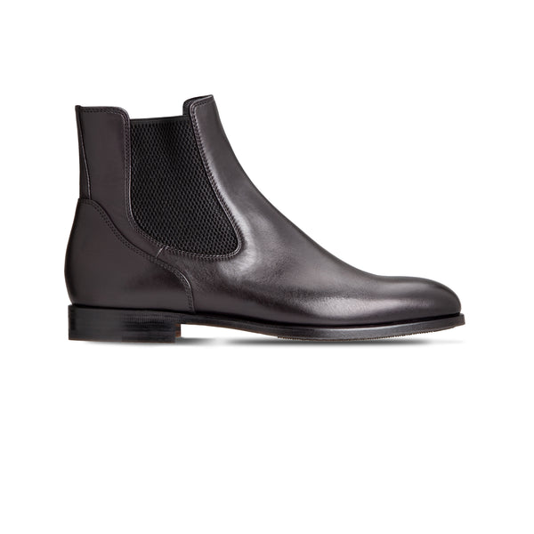 Black Calfskin Chelsea boots Luxury italian shoes
