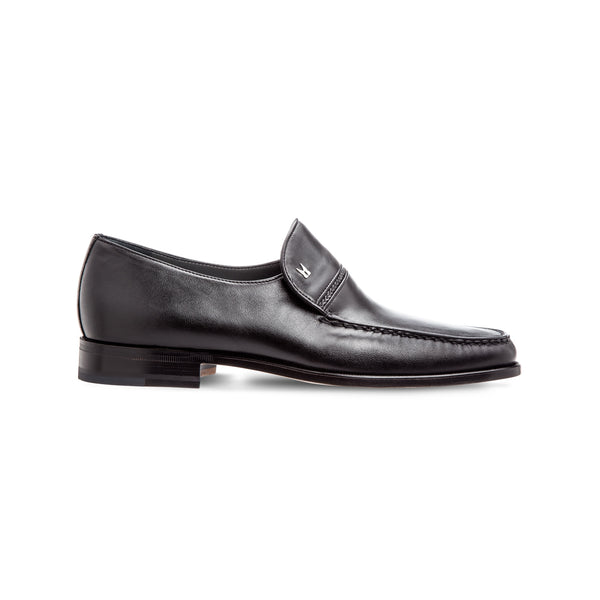 Black lambskin loafer shoes