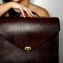 Charger l'image dans la galerie, Convertible Maroon Faux Leather Briefcase